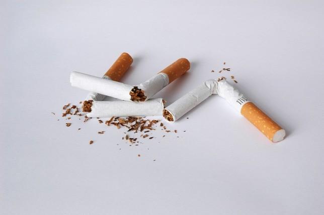 a dohányzás árthat a lábának